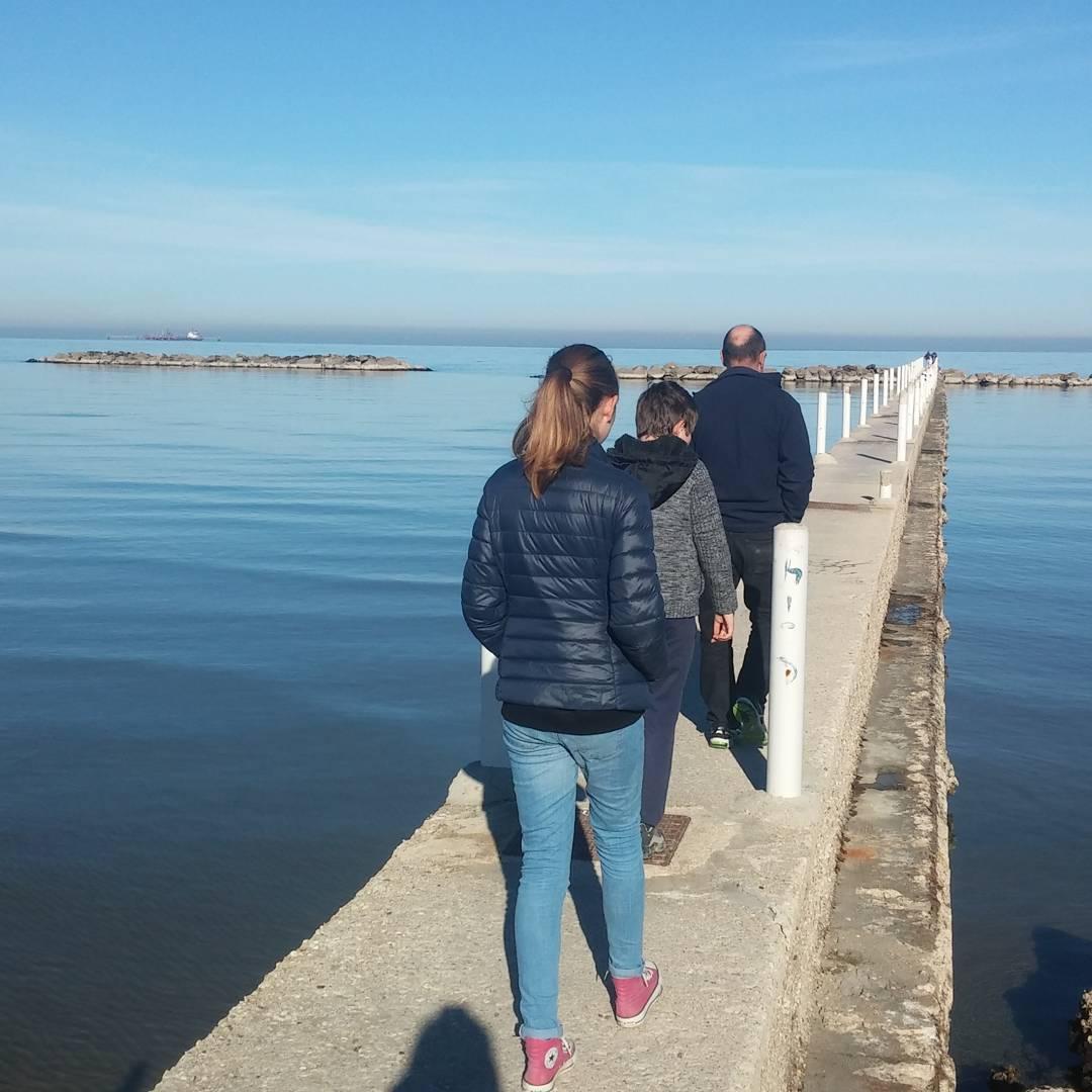 Going for a long walk off a short pier…#familywalks #beachesitaly