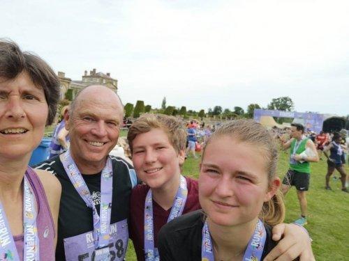Runfestrun family finishers