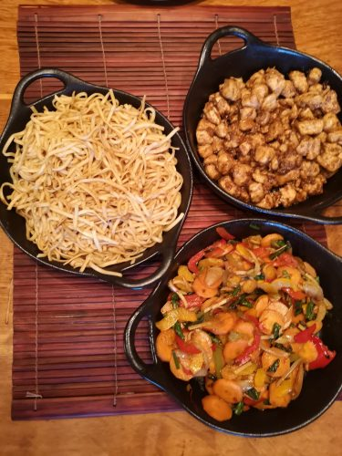 Chicken noodles and stir fry veg