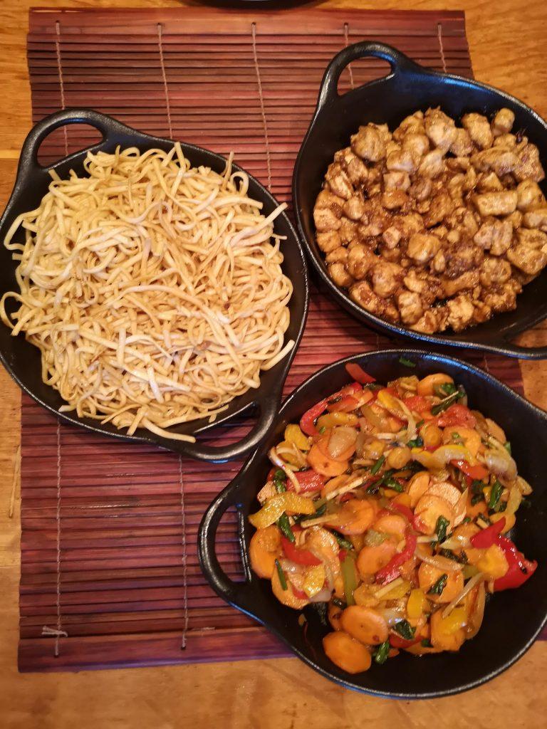 Chicken noodles and stir fry veg